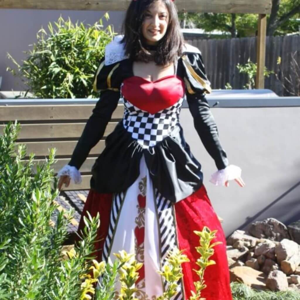 Queen of Hearts posing